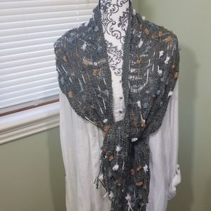 2 Chic Knit Scarf
